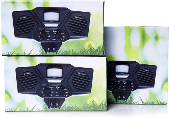 PX8 Pro double pack the commander Pest Control Patrol quick and easy to use solarpowered ultrasonic repellent against vermin and animals for outdoor use DOUBLE PACK Immediately and safely drive away cats and pests